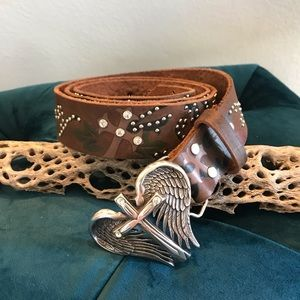 Nocona XL leather belt wing cross buckle
